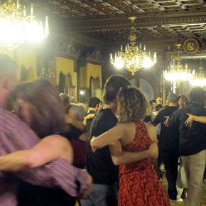 Día de tango, baile y milongas